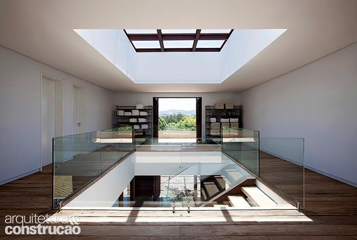 Exterior e interior se confundem nesta casa-varanda